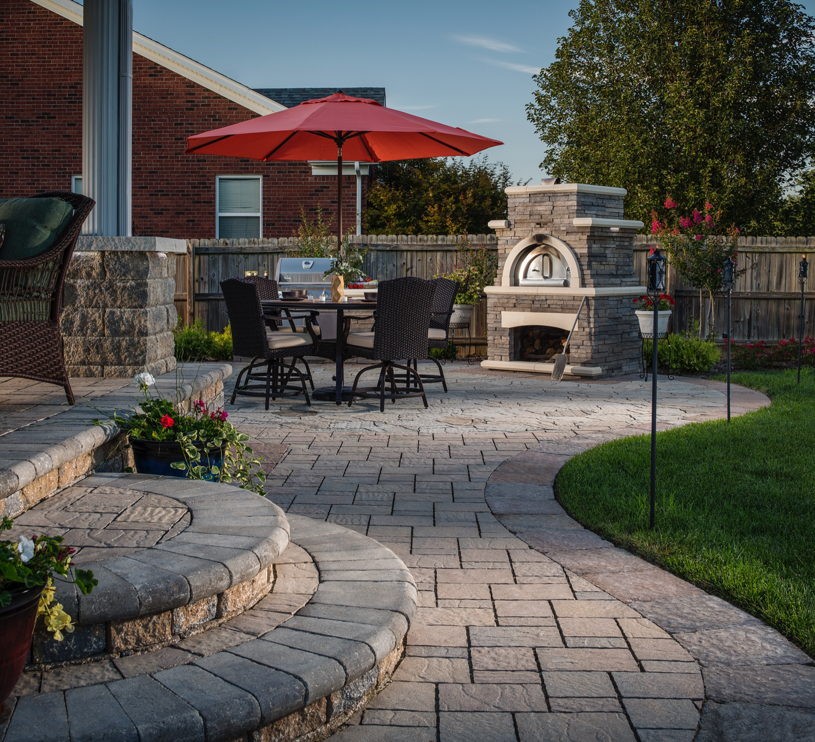 Belgard Pavers Bordeaux Outdoor Elements